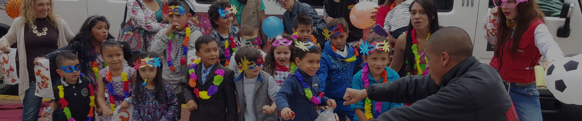 Alquiler limusinas barcelona fiestas infantiles en for Local fiestas infantiles barcelona